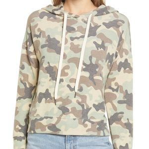Everleigh green camo long sleeve hoodied top XL